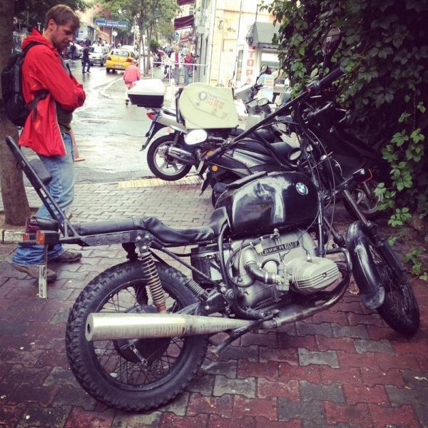 Turkey_Istanbul_Street_Motorbike