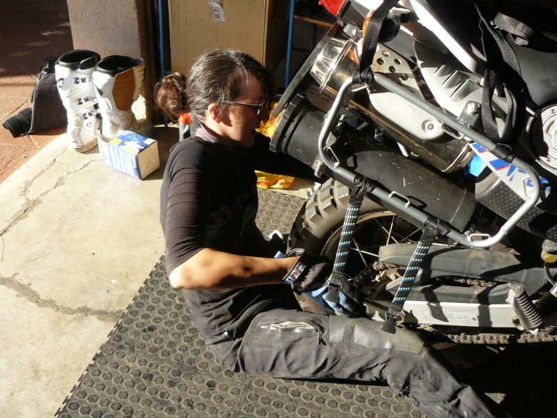 Anne fitting rear tyre