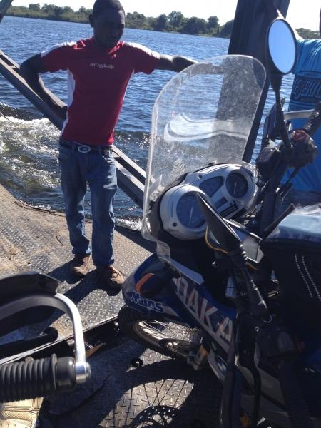 fixer_ferry_Kazungula