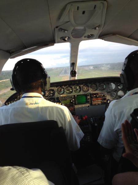 5_plane_landing